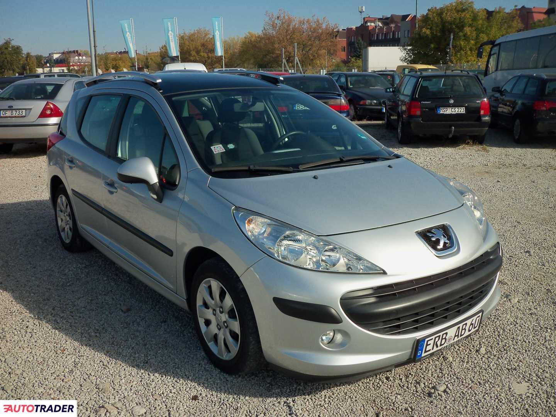 Peugeot 2008 1.4 74 KM