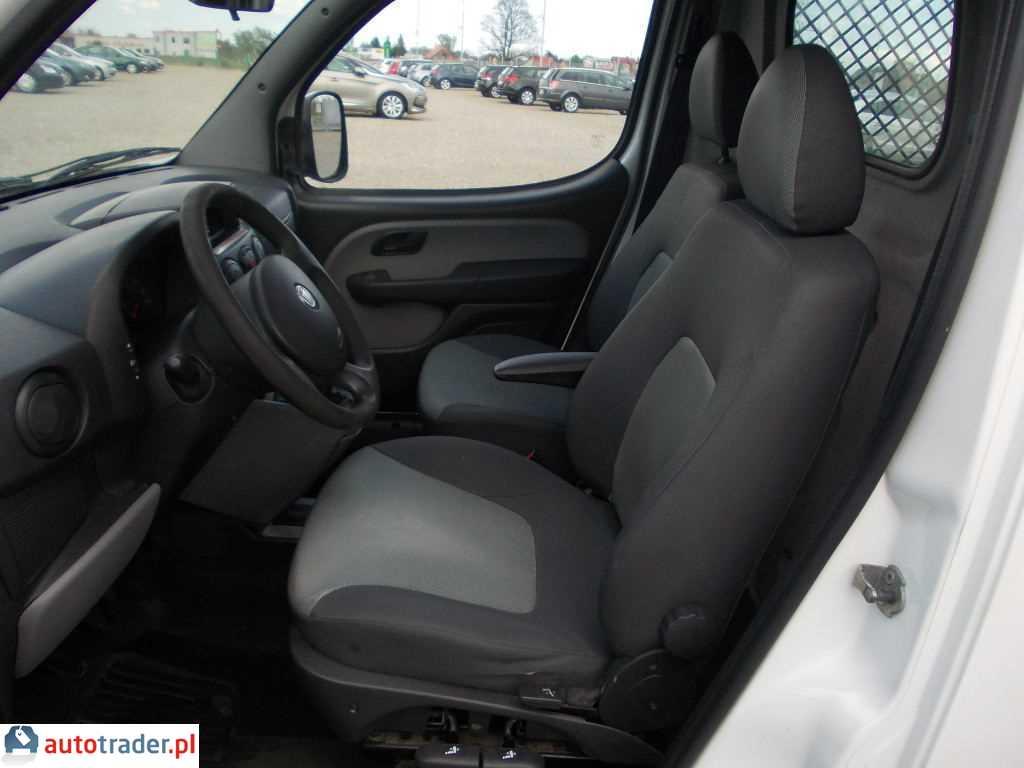 Fiat Doblo 2009 1.2