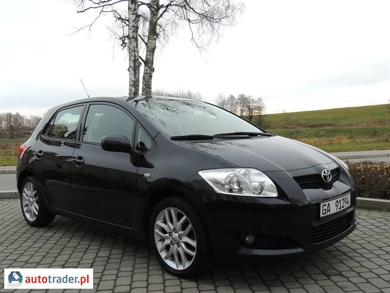toyota auris 1 6 124 km 2008r orneta. Black Bedroom Furniture Sets. Home Design Ideas