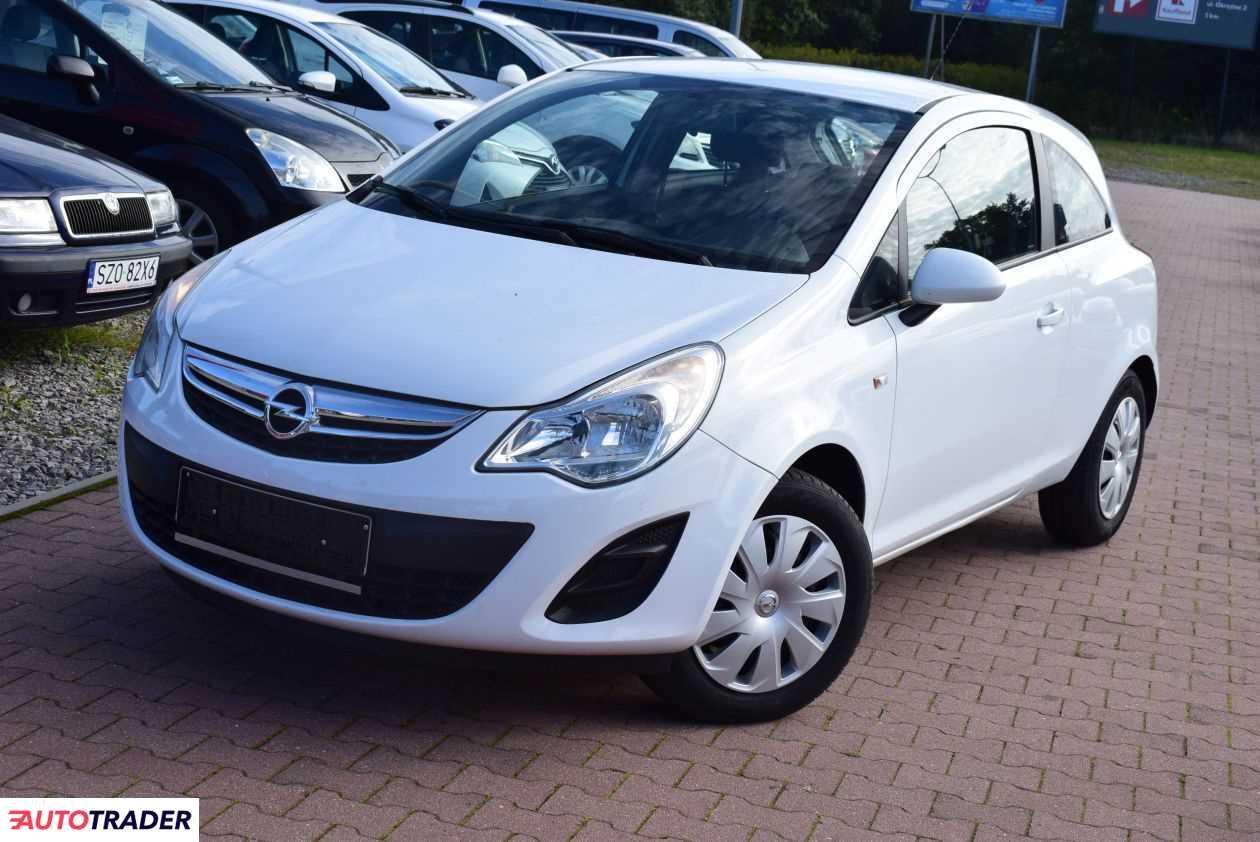 Opel Corsa 2013 1.4 101 KM