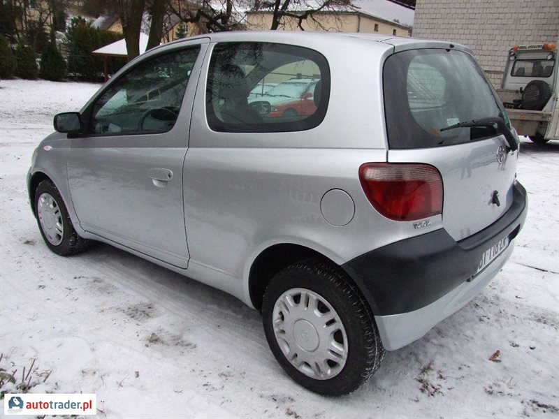 Toyota Yaris 2001 hatchback 1