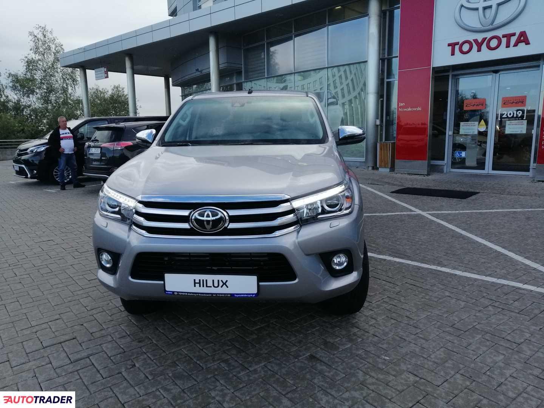 Toyota Hilux 2020 2.4 150 KM