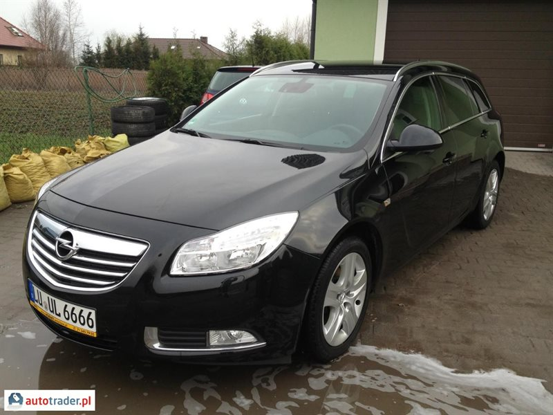 opel insignia 2 0 2011 r 2 0 diesel 130 km 2011r. Black Bedroom Furniture Sets. Home Design Ideas