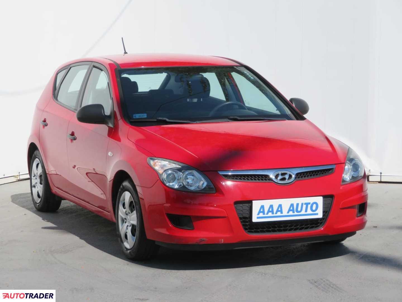 Hyundai i30 2009 1.4 107 KM
