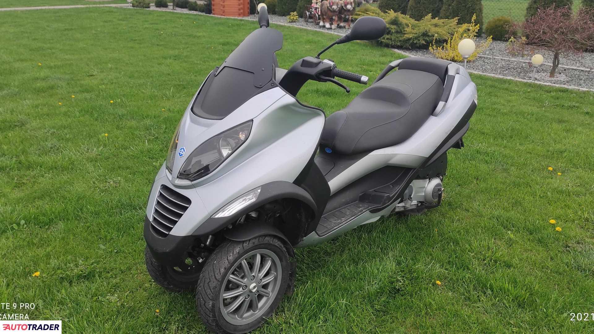 Piaggio MP-3 2007