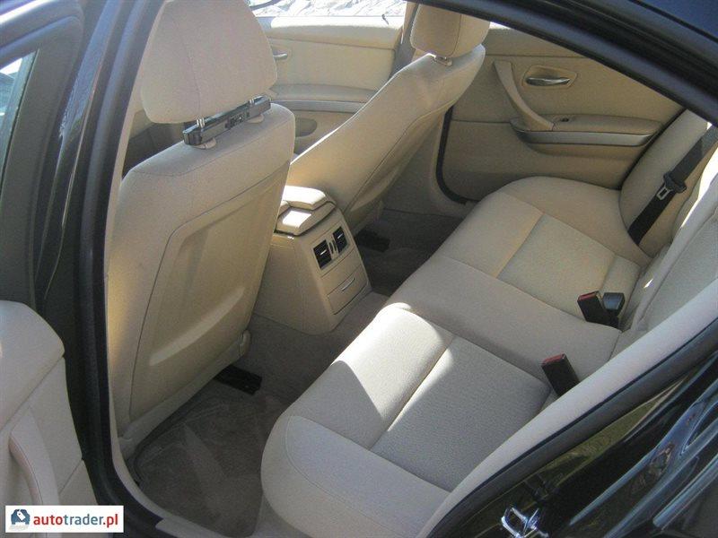 BMW 320 2006 sedan 2 163 KM