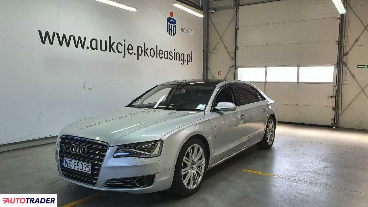 Audi A8 2011 4.1 350 KM