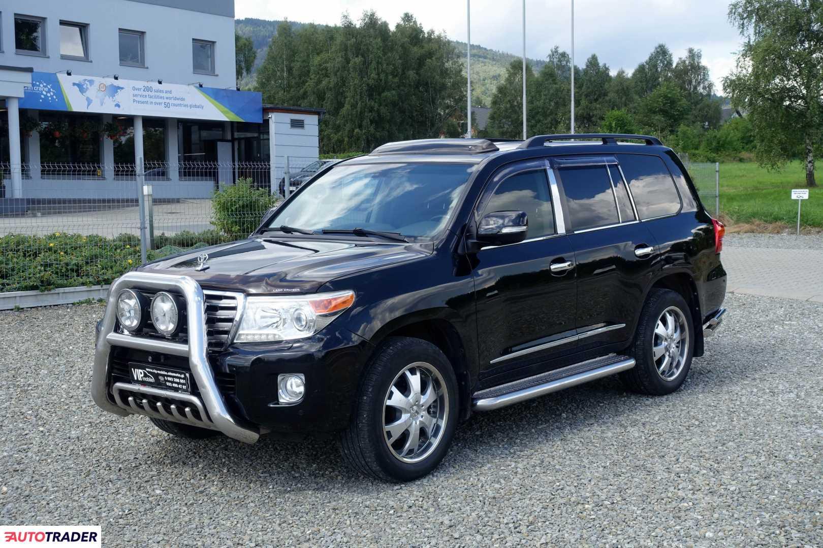 Toyota Land Cruiser 2012 4.5 272 KM