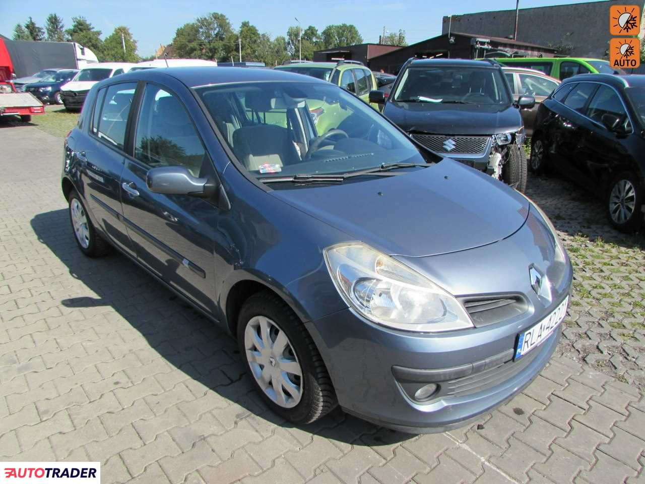 Renault Clio 2006 1.6 88 KM