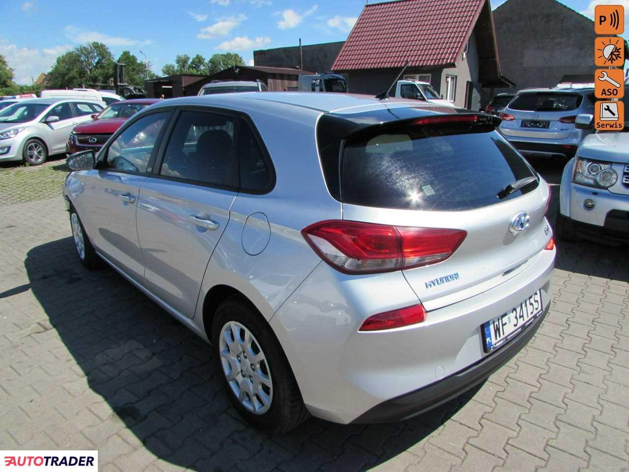 Hyundai i30 2018 1.4 99 KM