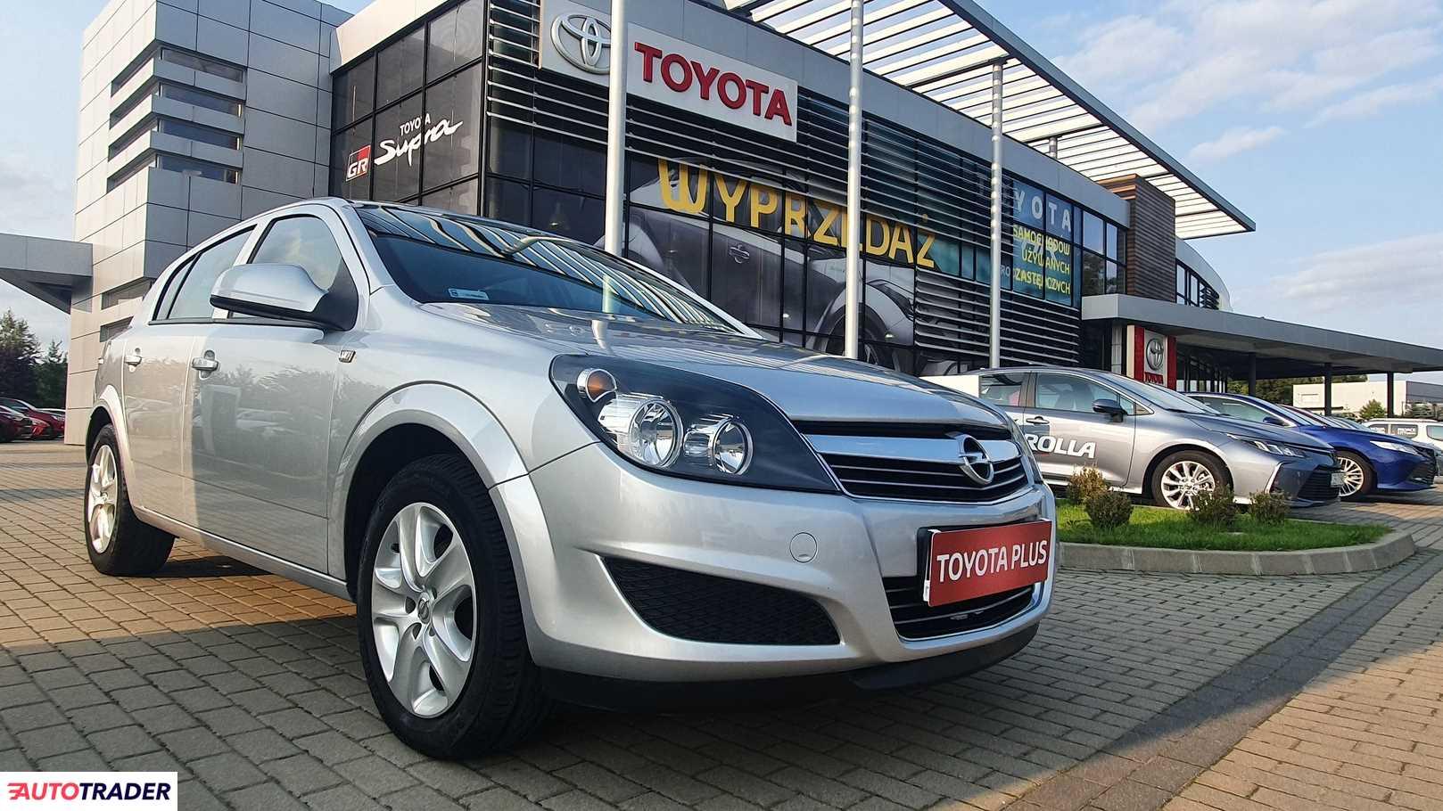 Opel Astra 2011 1.6 115 KM
