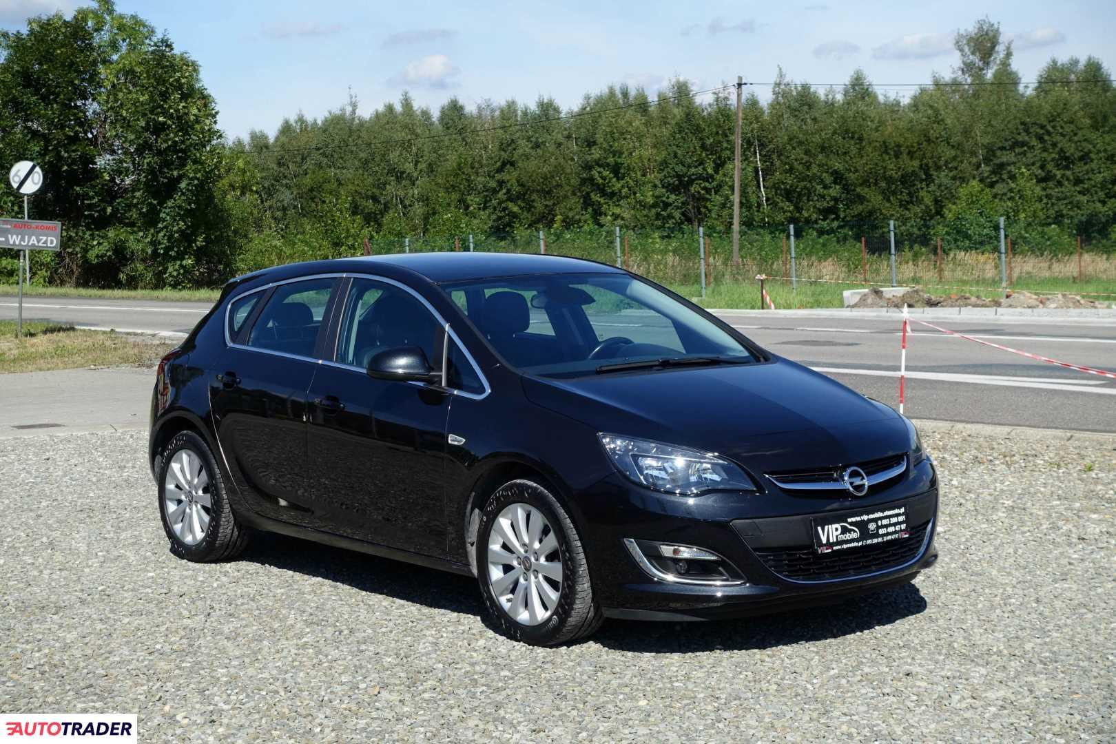Opel Astra 2014 1.6 136 KM