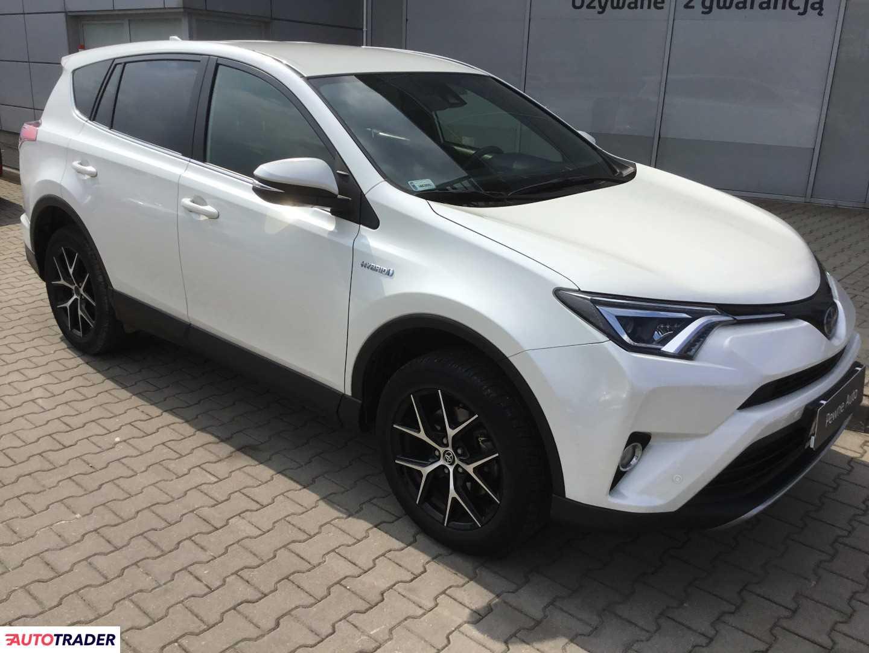 Toyota RAV 4 2017 2.5 155 KM