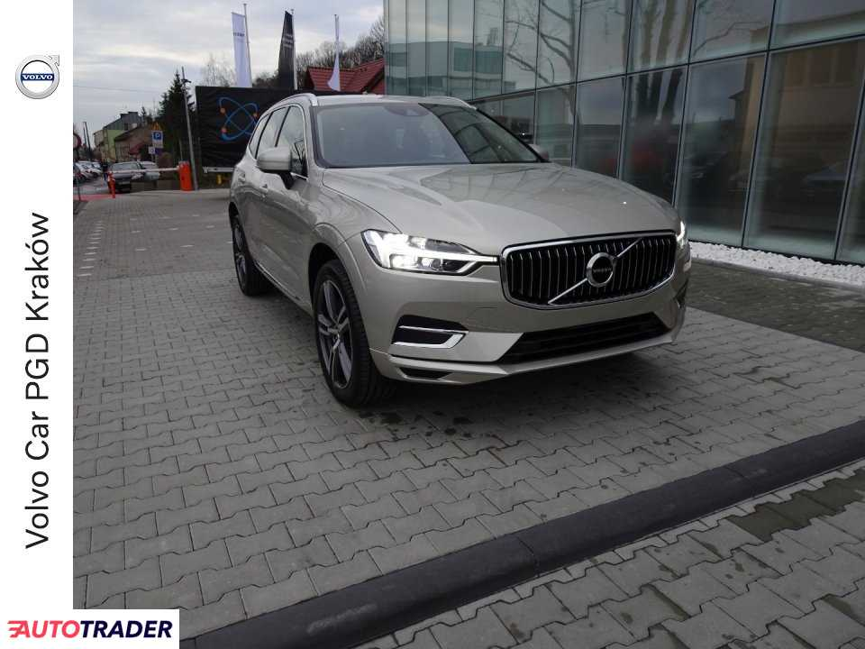 Volvo XC60 2019 2.0 250 KM