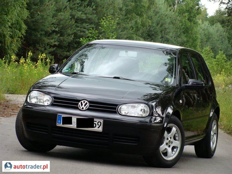 Galeria Volkswagen Golf 1 6 2003 R 1 6 105 Km 2003r