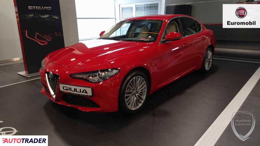 Alfa Romeo Giulia 2019 2.0 280 KM