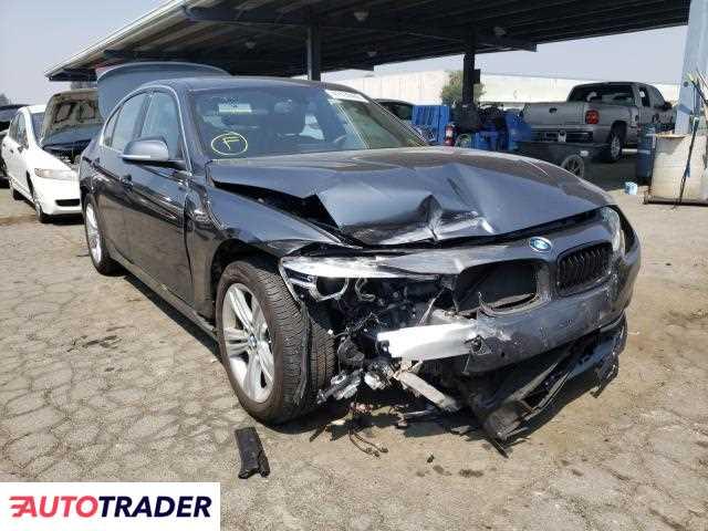 BMW 330 2018 2