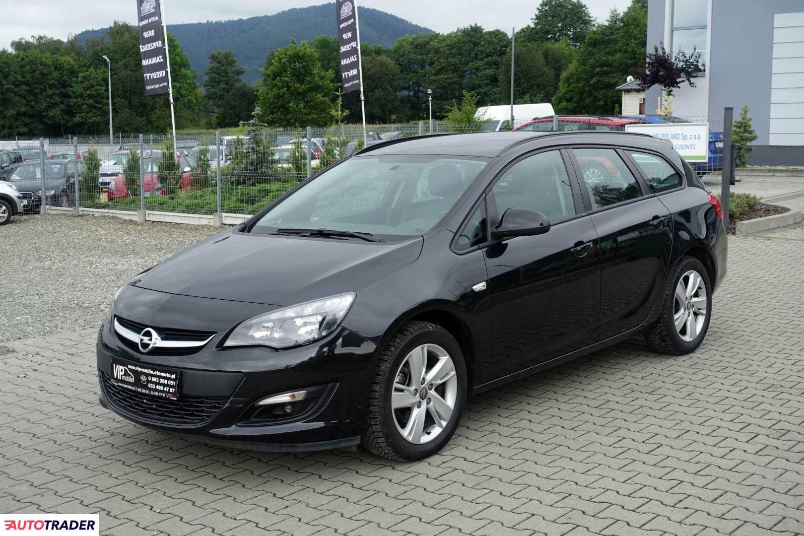 Opel Astra 2014 1.7 110 KM