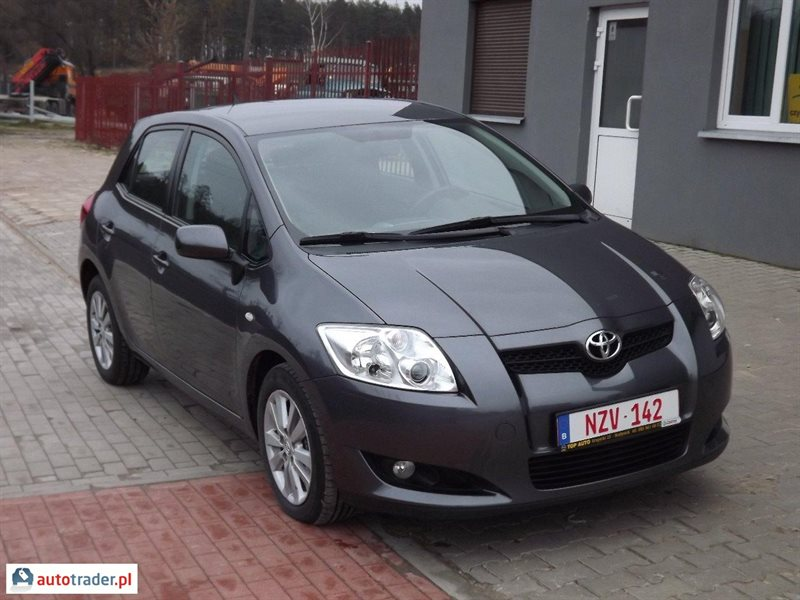 toyota auris 1 4 2008 r 1 4 90 km 2008r bia ystok okolice. Black Bedroom Furniture Sets. Home Design Ideas