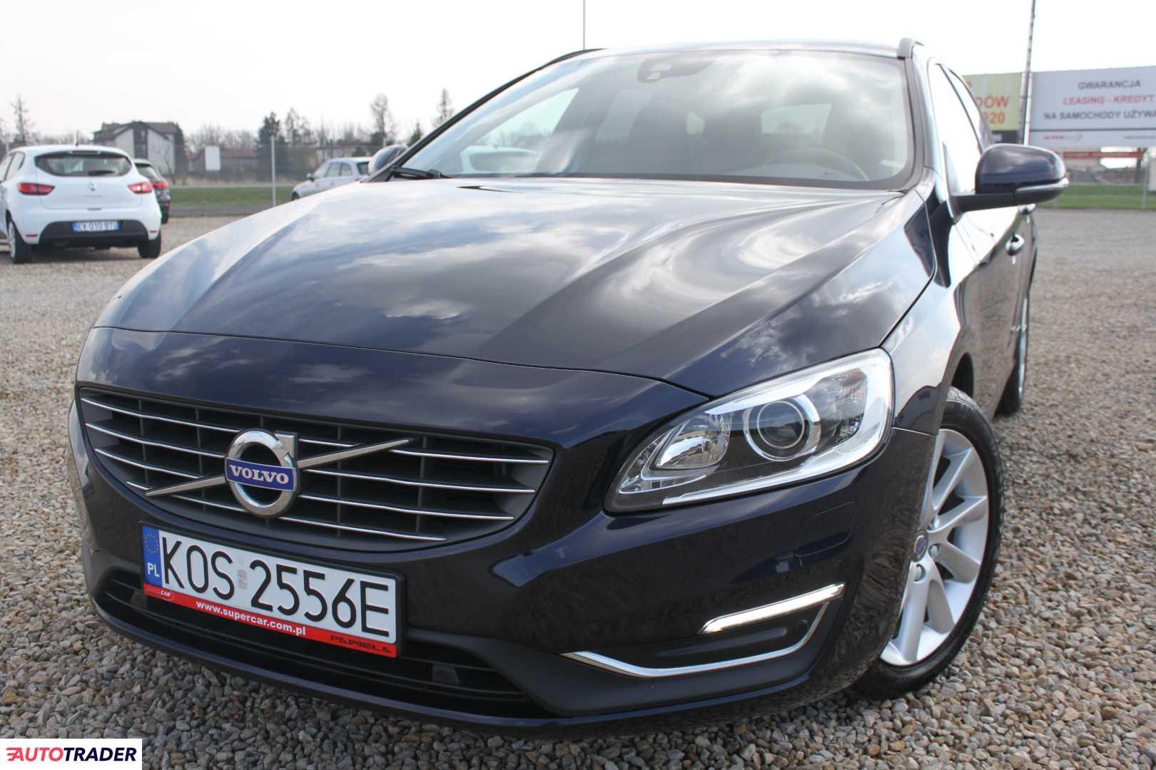 Volvo V60 2016 2.0 150 KM