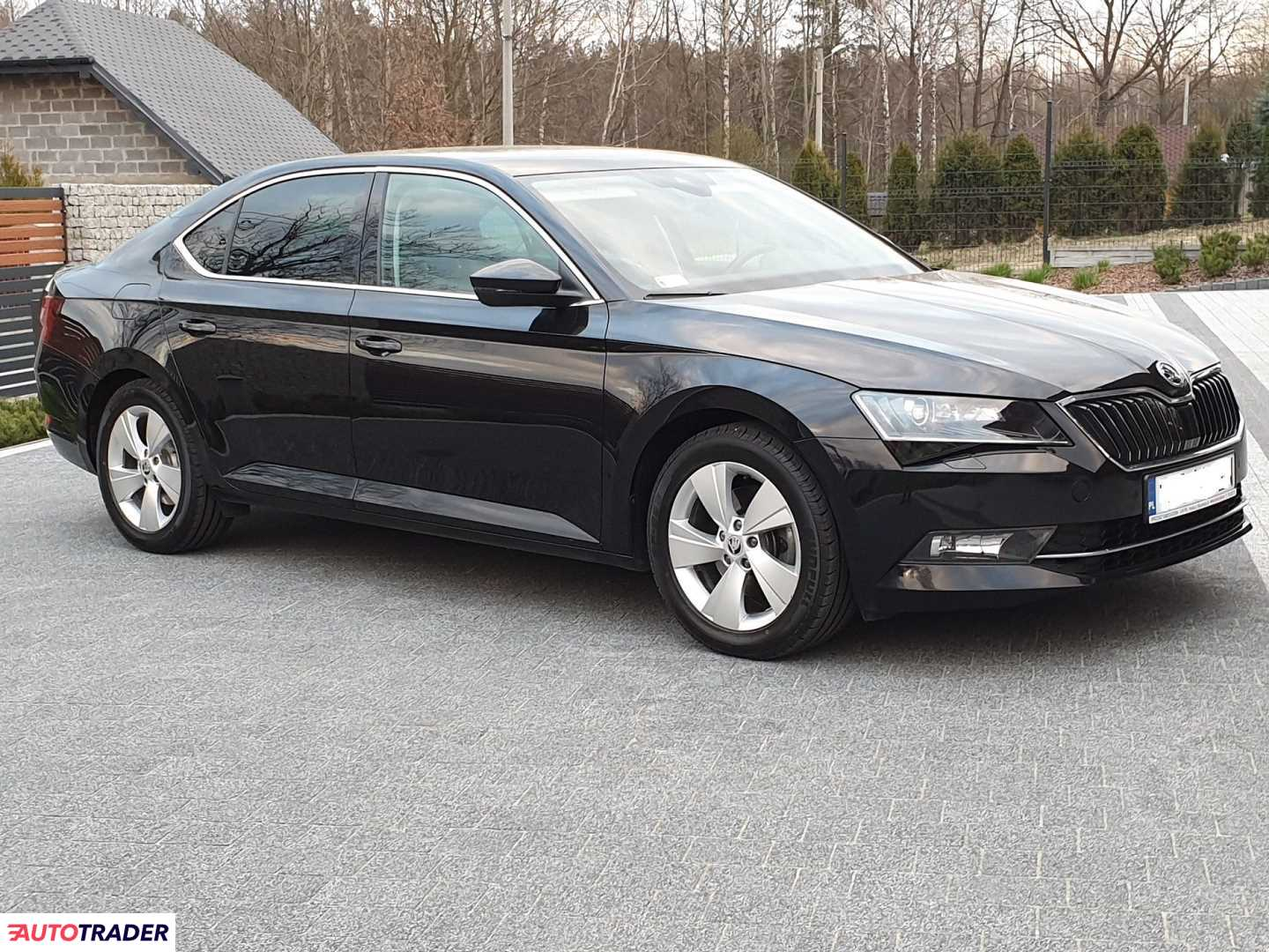 Skoda Superb 2016 2.0 150 KM