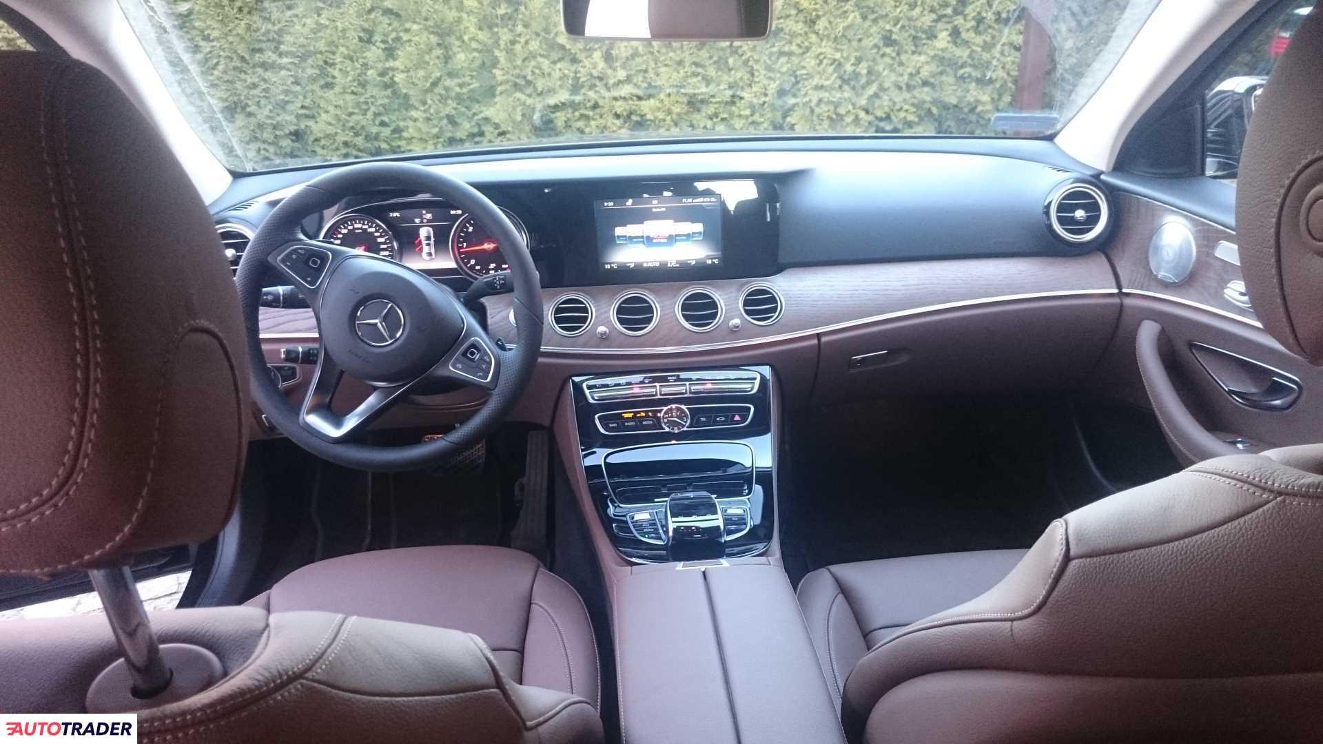 Mercedes E-klasa 2020 2.0 190 KM
