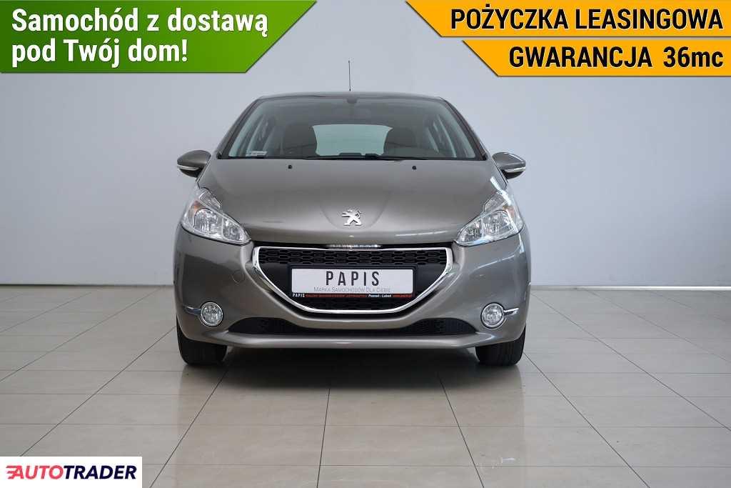 Peugeot 208 2012 1.2 82 KM