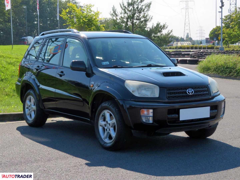 Toyota RAV 4 2003 2.0 113 KM