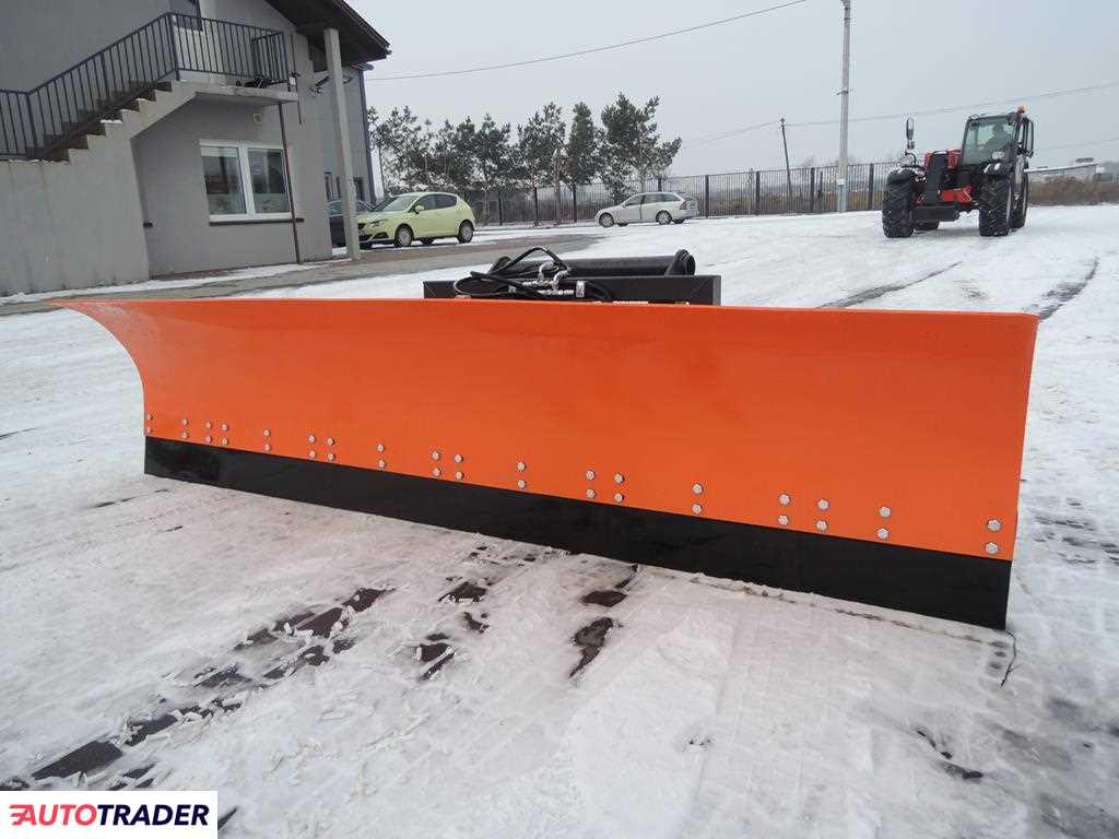 Nowy pług do śniegu pływający strzałkowy