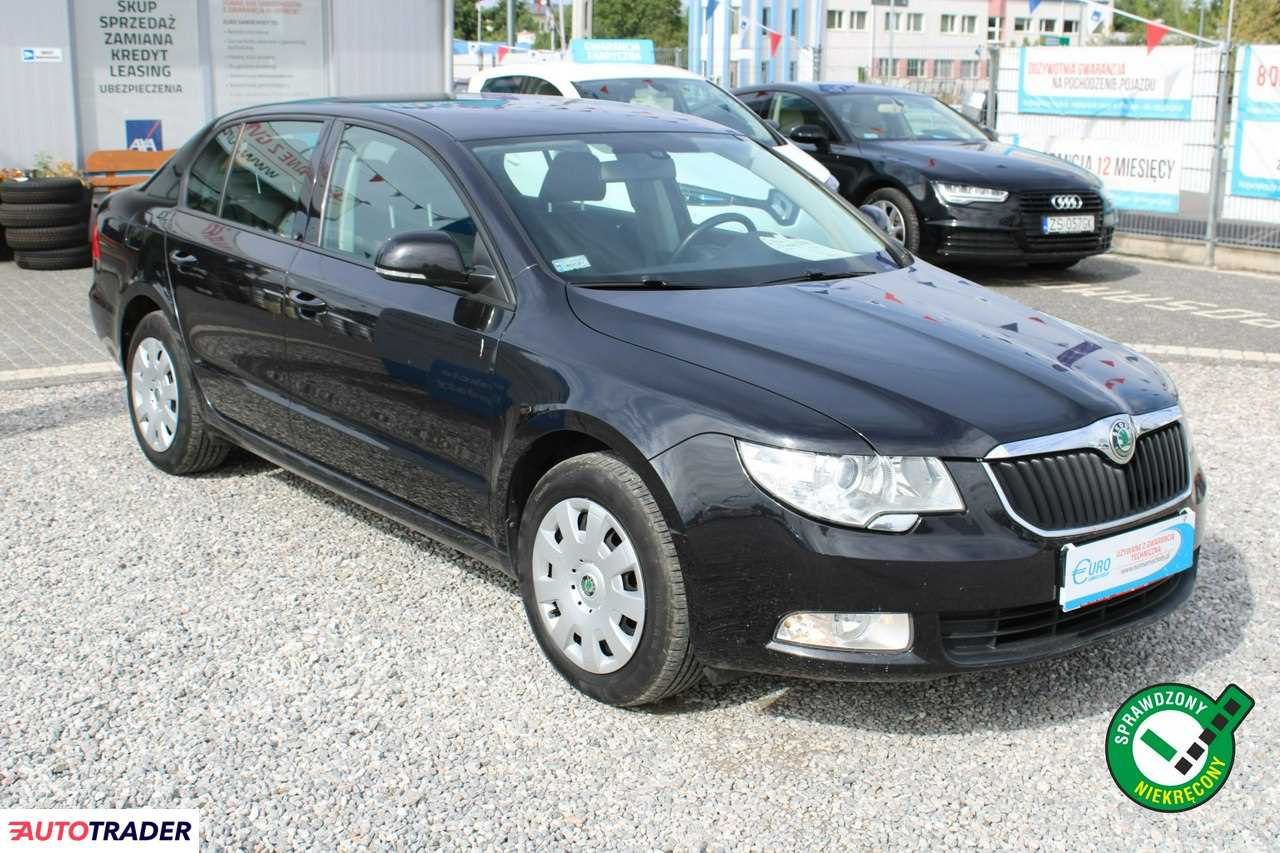 Skoda Superb 2013 1.8 160 KM