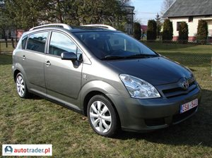 Toyota Corolla Verso 2.0 2004 r.,   26 200 PLN