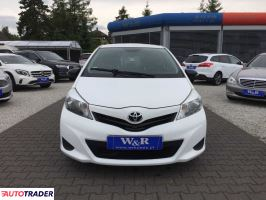 Toyota Yaris 2013 1.4 90 KM