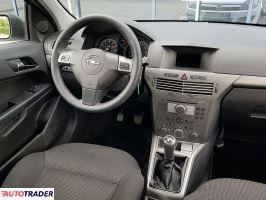 Opel Astra 2005 1.6 105 KM