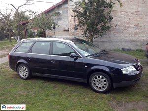 Audi A6 2001 2.5 180 KM