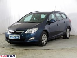 Opel Astra 2011 1.7 108 KM