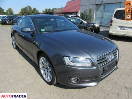 Audi A5 2009 2.0 211 KM