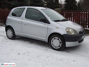 Toyota Yaris 2001 1