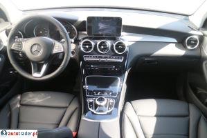 Mercedes Pozostałe 2.1 2017r.,   252 000 PLN