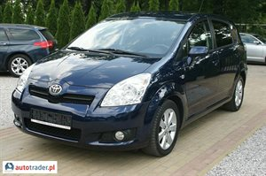 Toyota Corolla Verso 2.2 2008 r. - zobacz ofertę