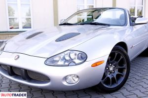 Jaguar XK 2002 4.0 363 KM