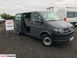 Volkswagen Transporter 2016 2 102 KM