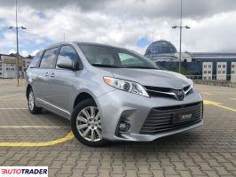 Toyota Sienna - zobacz ofertę