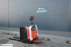 BT-wózek elektryzny , paletowy BT LPE