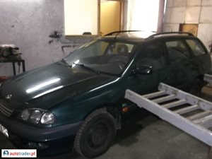 Toyota Avensis 2.0 1999 r. - zobacz ofertę