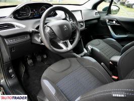 Peugeot 208 2013 1.4 75 KM