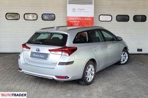 Toyota Auris 2017 1.8 136 KM