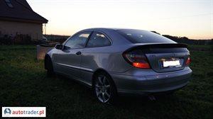 Mercedes 220 2004 2.1 150 KM