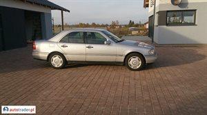 Mercedes 220 1996 2.2 95 KM