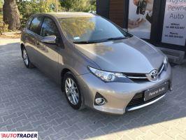 Toyota Auris 2013 1.6 132 KM