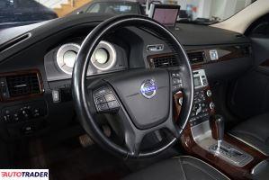 Volvo S80 2010 2.4 215 KM
